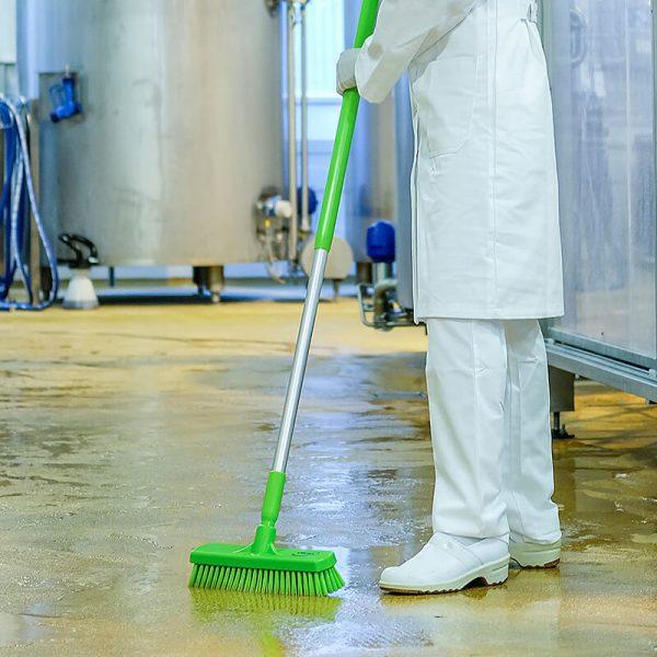 28/70608LG washing brush use